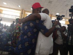 Fayose hugs Makinde
